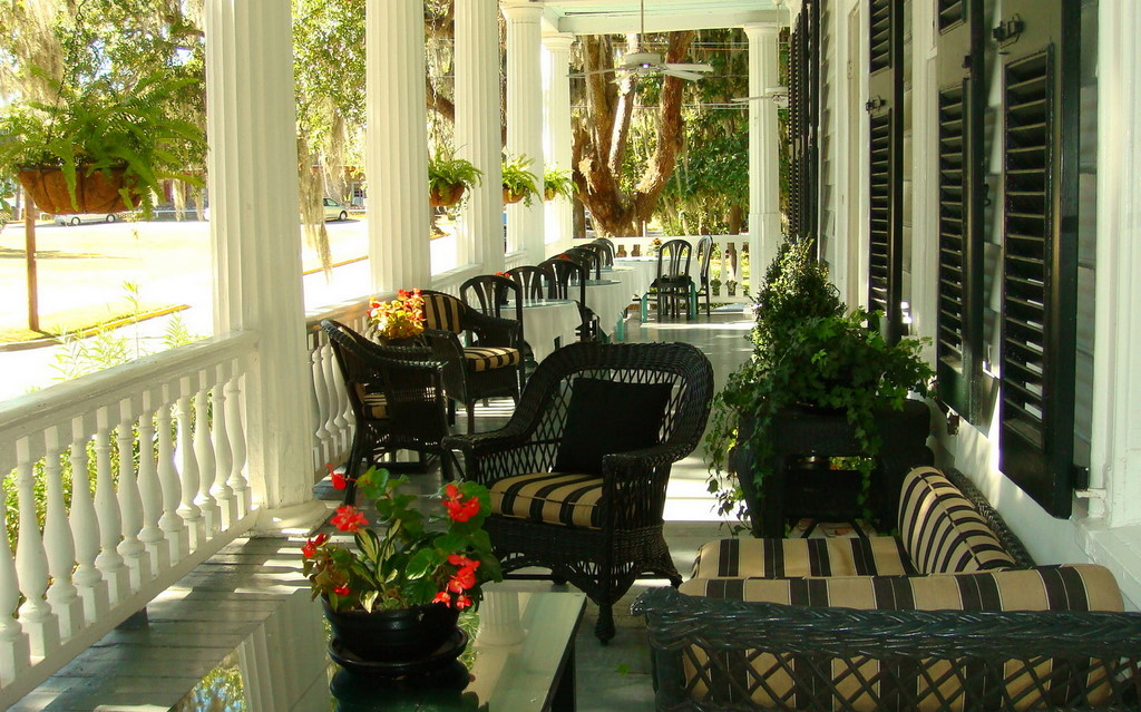 Gallery - Rhett House Veranda