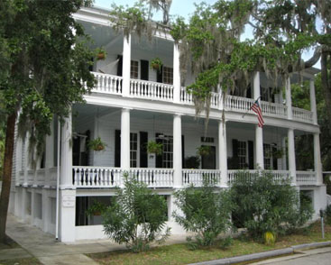 The Rhett House Inn