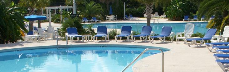 Rhett House Inn Pools