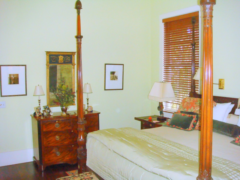 Master Bedroom (Room 20 King)